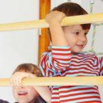 Eine Sprossenwand im Kinderzimmer - Die besten Geräte finden